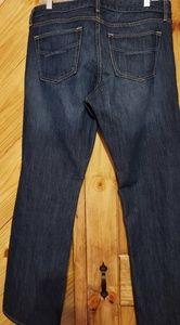 👖GAP sexy Boot Cut Jean's size 14 /32R